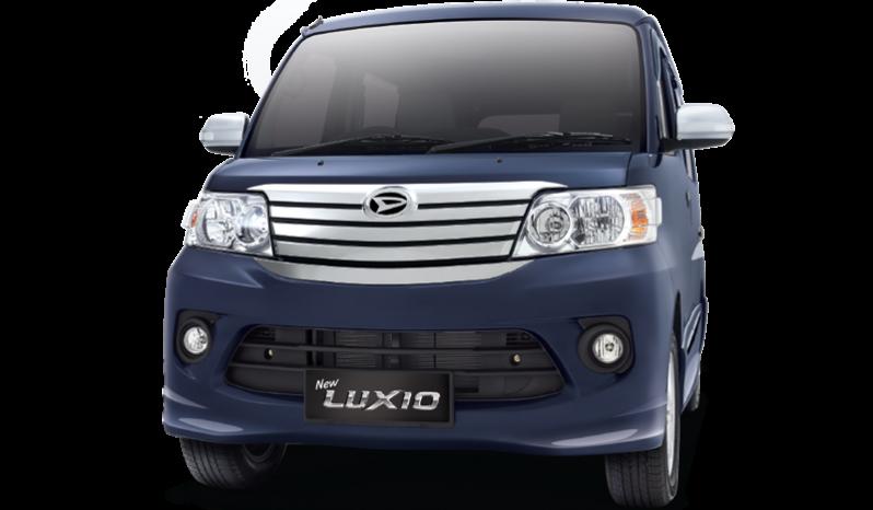 Daihatsu Luxio full